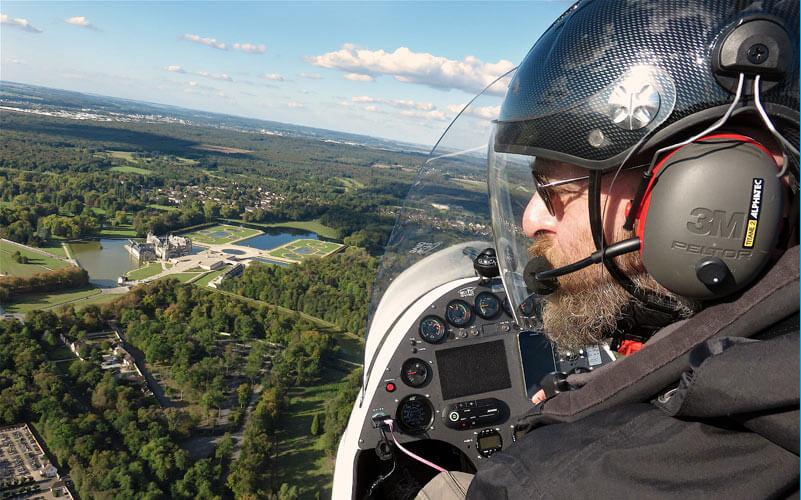en vol au dessus de Chantilly